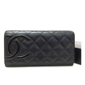 100% Auth Chanel Combon Line Lambskin Bifold /Y48